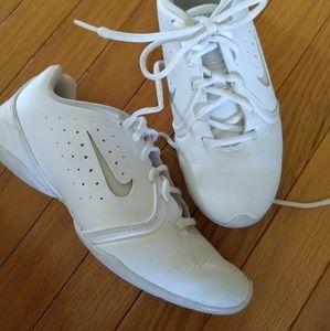 Nike 6.5 White Cheerleader Gym Shoes